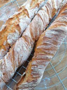 Dans la cuisine de Milan Accueil : petits pains au lait et baguettes @ En Ligne